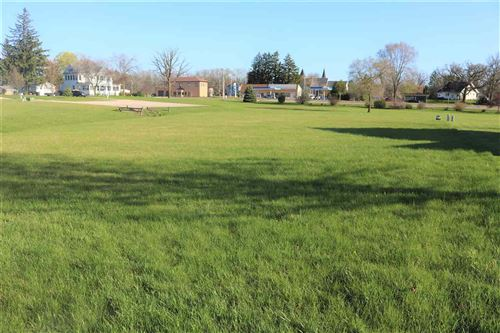 Photo of 232 Peterson Pky, Rio, WI 53960 (MLS # 1777972)
