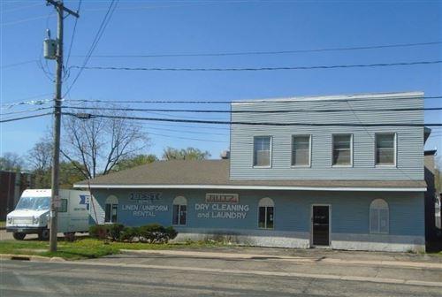 Photo of 140 Maine St, Mauston, WI 53948 (MLS # 1908972)