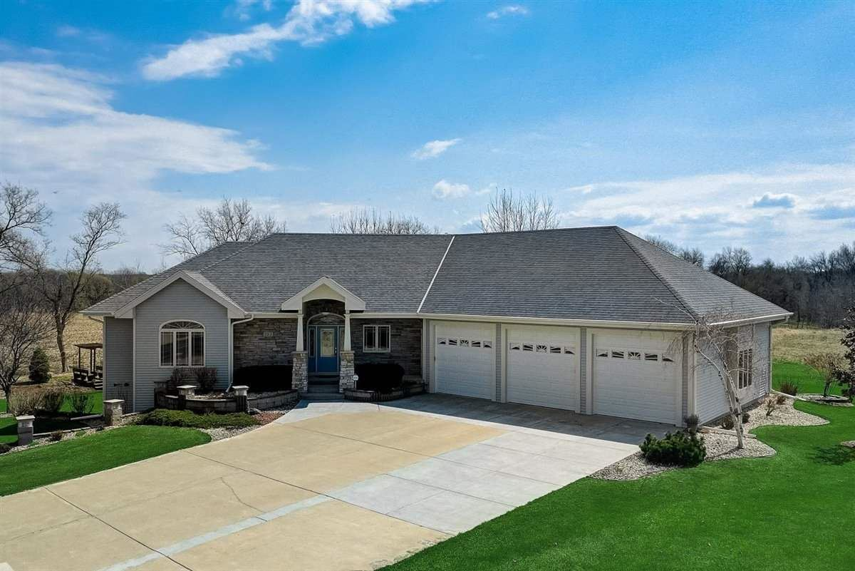 751 Chickadee Dr, Cambridge, WI 53523 - #: 1905973