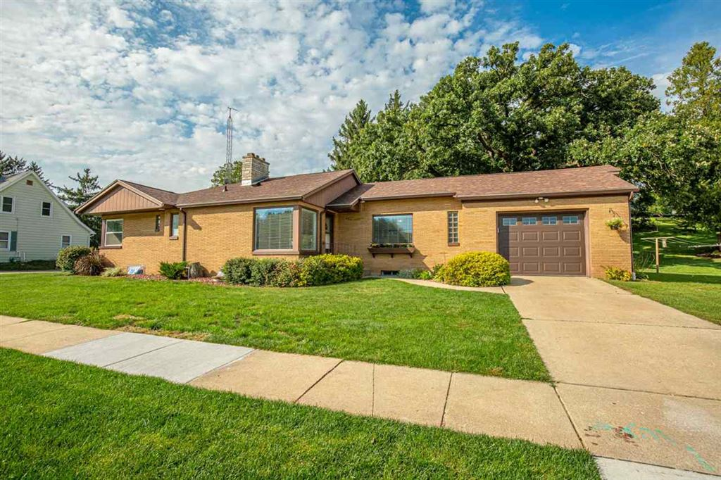 400 3rd Ave, New Glarus, WI 53574 - MLS#: 1868975