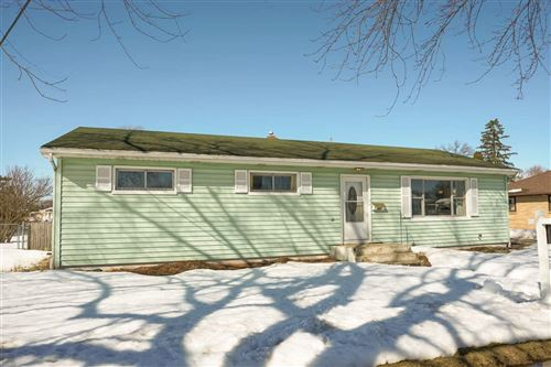 Photo of 303 N Arch St, Janesville, WI 53548 (MLS # 1902976)