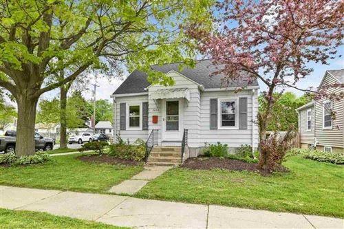 Photo of 2602 Commercial Ave, Madison, WI 53704 (MLS # 1908977)