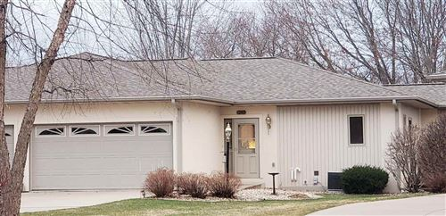 Photo of 1240 Springbook Dr #4, Baraboo, WI 53913 (MLS # 1904978)