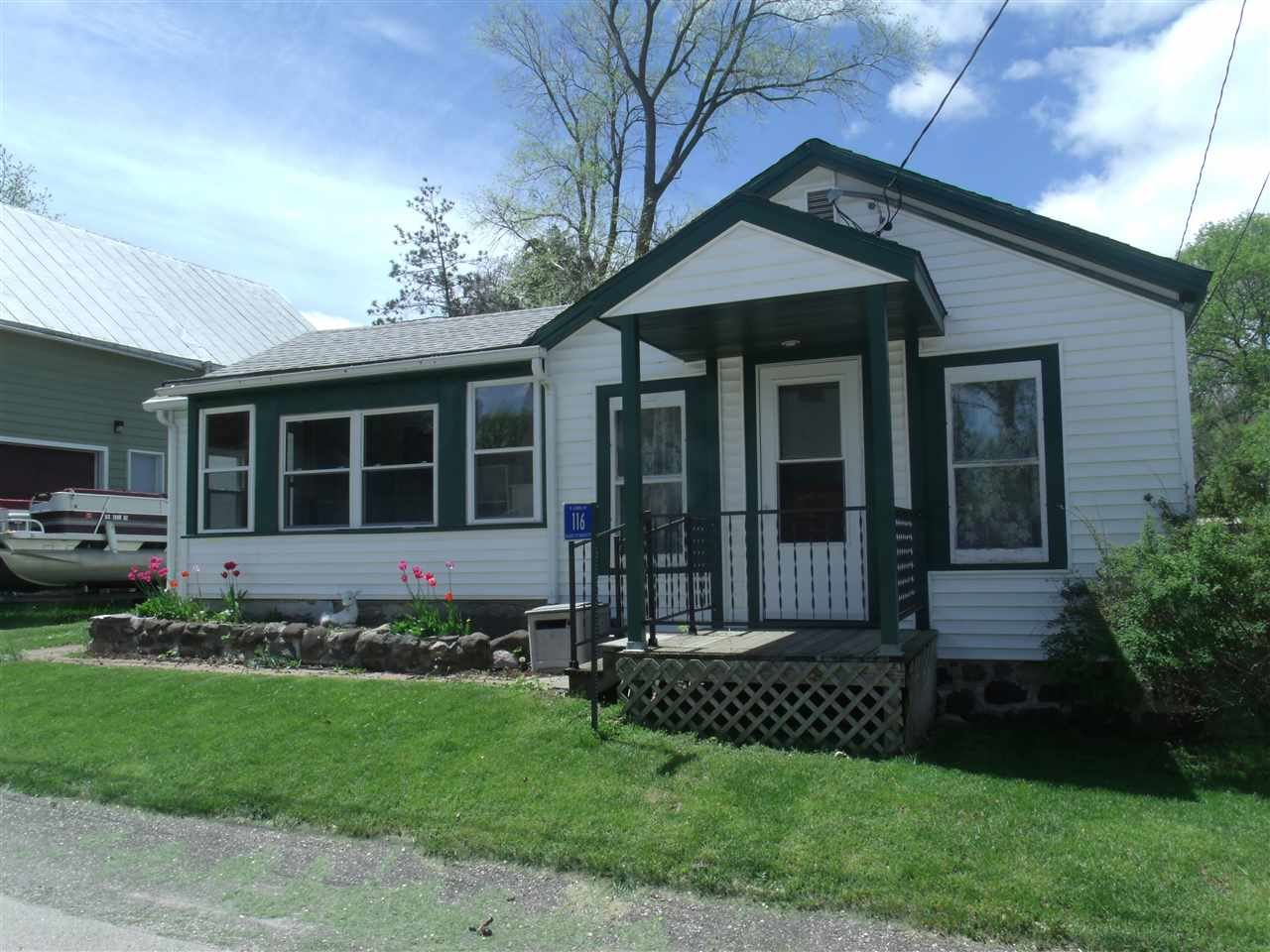 116 S Lyons St, Marquette, WI 53947 - #: 1912978