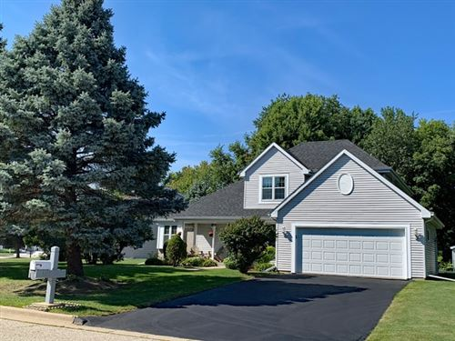 Photo of 3113 Satinwood Dr, Janesville, WI 53546 (MLS # 1890979)