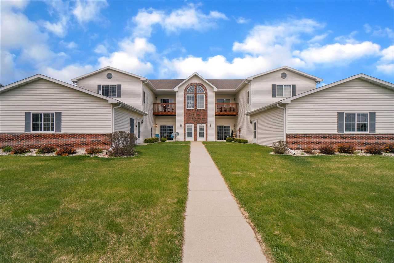1600 Commonwealth Dr #2, Fort Atkinson, WI 53538 - #: 1906982