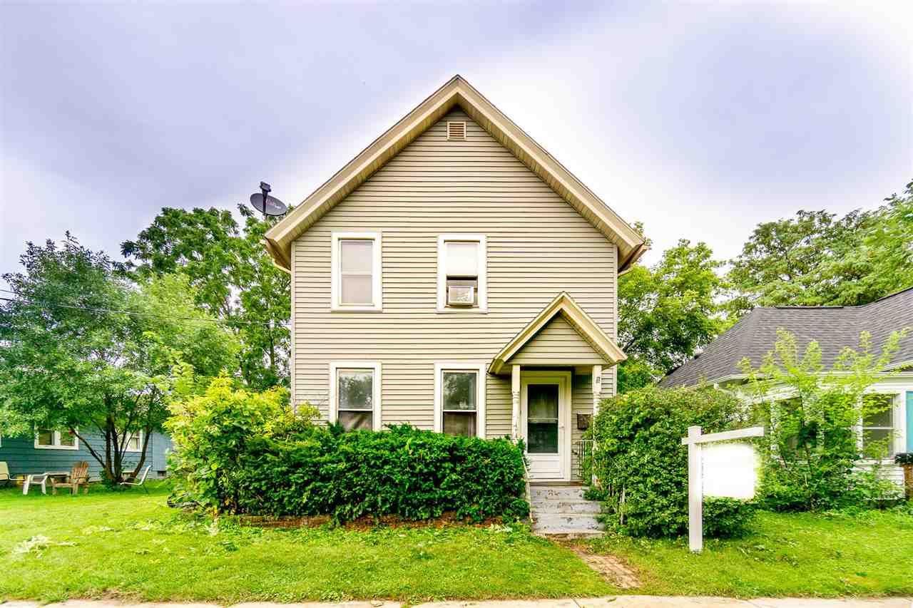310 Van Deusen St, Madison, WI 53715 - #: 1909983