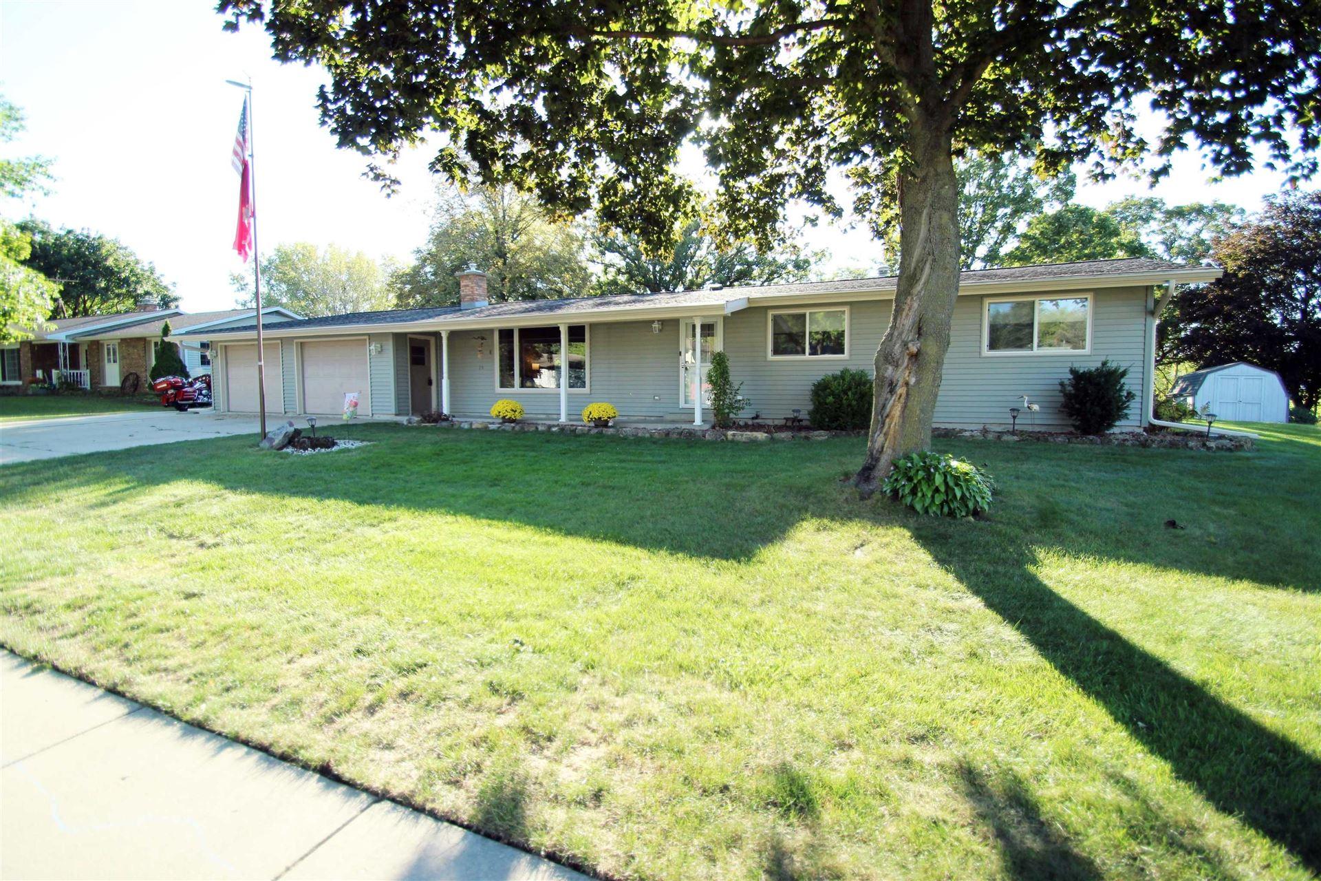 511 Topeka Dr, Lake Mills, WI 53551-1721 - #: 1919984