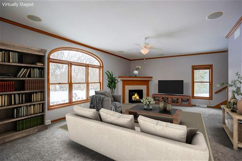Photo of 1297 Gas Light Dr, Sun Prairie, WI 53590 (MLS # 1874985)