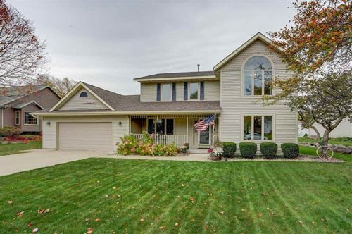 Photo of 208 S Holiday Dr, Waunakee, WI 53597 (MLS # 1895986)