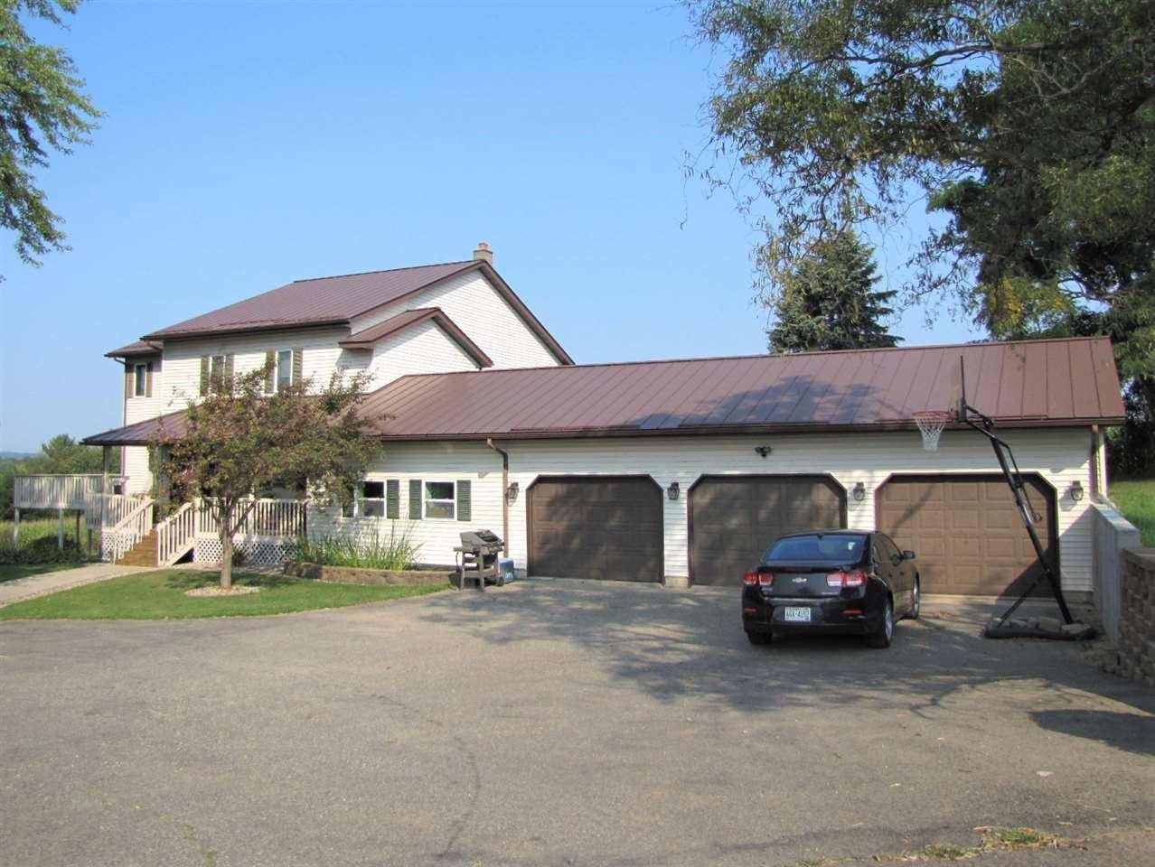460 E Madison St, Hillsboro, WI 54634 - #: 1891986