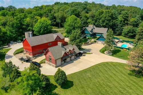 Photo of 4075 VILAS RD, Cottage Grove, WI 53527 (MLS # 1916988)