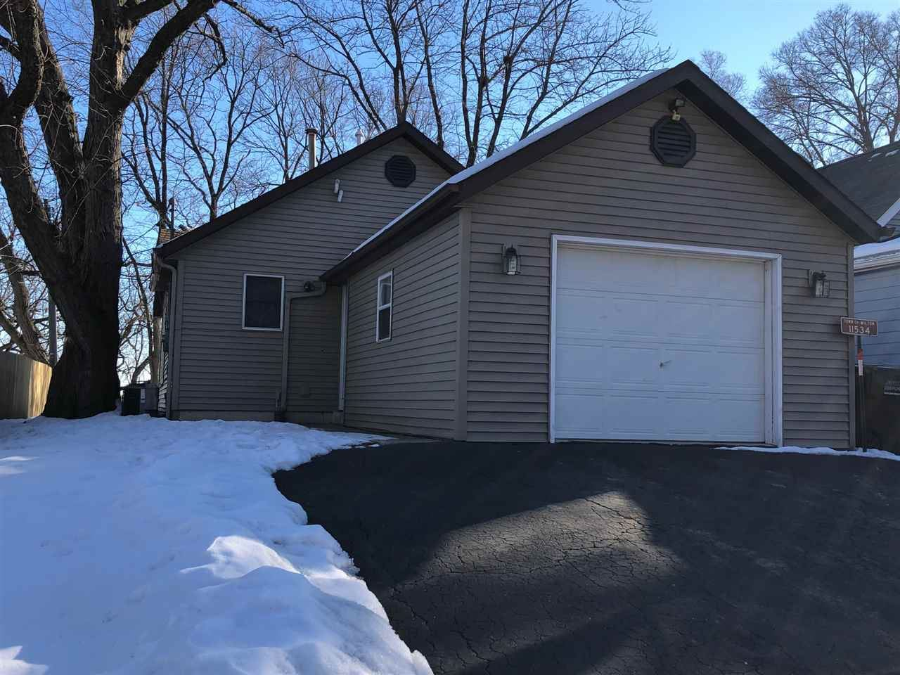 11534 N Lakeview Dr, Edgerton, WI 53534 - #: 1900989