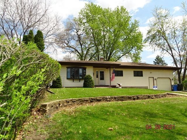 2215 Yellowstone Ave, Portage, WI 53901 - #: 1907990