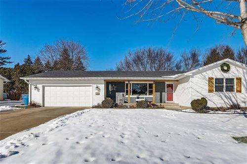 Photo of 205 Simon Crestway, Waunakee, WI 53597 (MLS # 1900992)