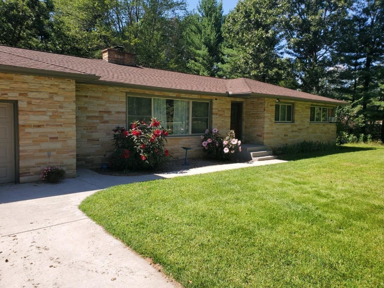 N6803 County Road BB, Plainfield, WI 54966 - #: 377993