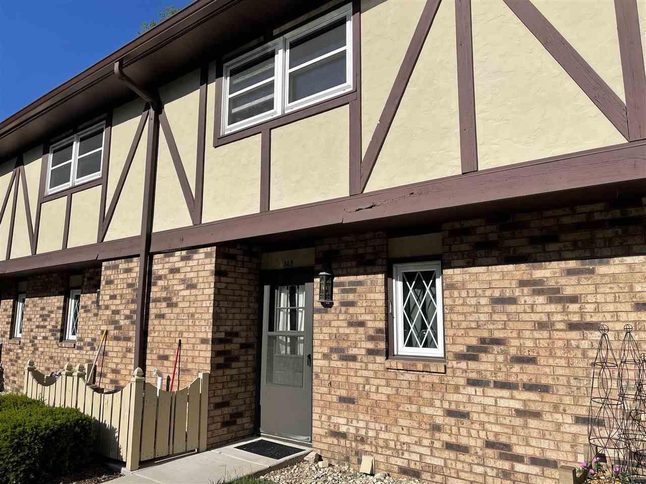 f_1911994 Real Estate in 53534 zip code