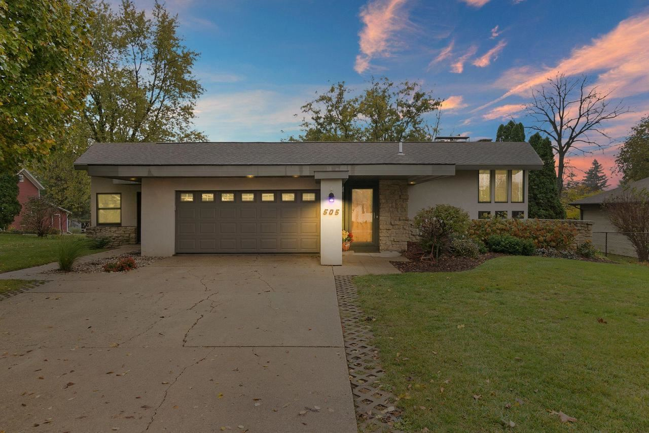 505 High St, Clinton, WI 53525 - #: 371994
