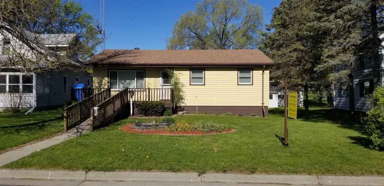 1115 Vine St, Wisconsin Dells, WI 53965 - #: 1902999