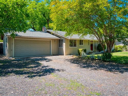 Photo of 1978 Griffin Creek Road, Medford, OR 97501 (MLS # 220125194)
