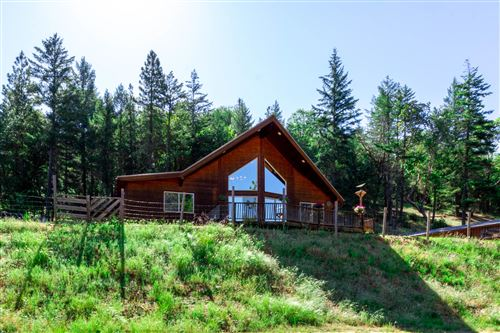 Photo of 7097 Griffin Lane, Jacksonville, OR 97530 (MLS # 220125212)