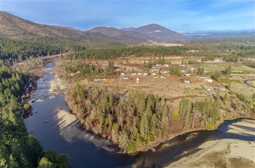 Photo of 237 Pomeroy View Drive, Cave Junction, OR 97523 (MLS # 220109277)