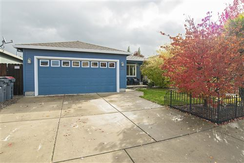 Photo of 7878 27TH Street, White City, OR 97503 (MLS # 220134309)