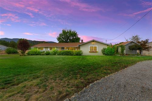 Photo of 730 Meadow View Drive, Williams, OR 97544 (MLS # 220109382)