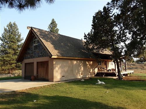 Photo of 25315 Moccasin Lane, Chiloquin, OR 97624 (MLS # 220129403)