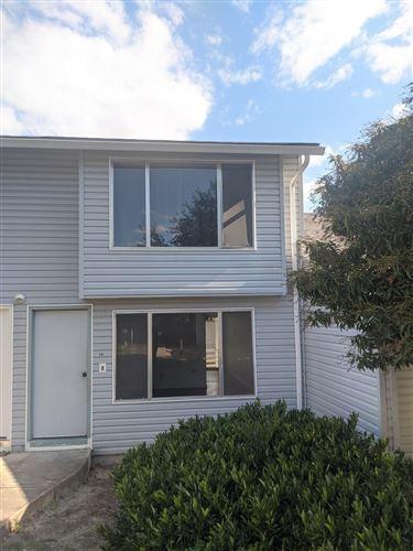 Photo of 2000 Brookhurst Street #34, Medford, OR 97504 (MLS # 220104534)