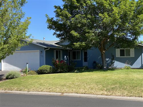 Photo of 4965 Laurelwood Drive, Klamath Falls, OR 97603 (MLS # 220104600)