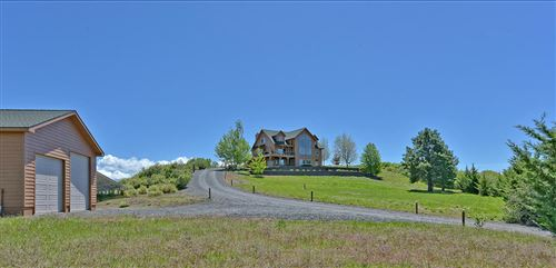Photo of 2911 Running Deer Lane, Chiloquin, OR 97624 (MLS # 220100607)