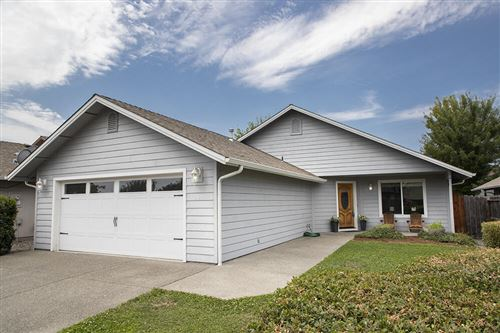 Photo of 2634 Esther Lane, Grants Pass, OR 97527 (MLS # 220127859)