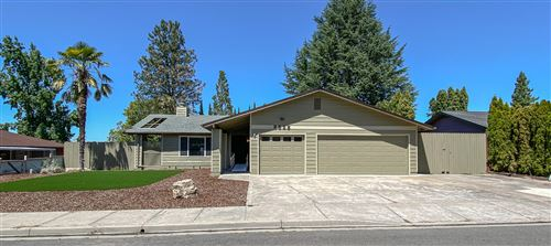 Photo of 2535 Eaton Drive, Medford, OR 97504 (MLS # 220106917)