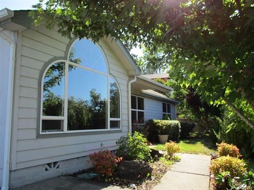 Photo of 1600 W Harbeck Road, Grants Pass, OR 97527 (MLS # 220127920)