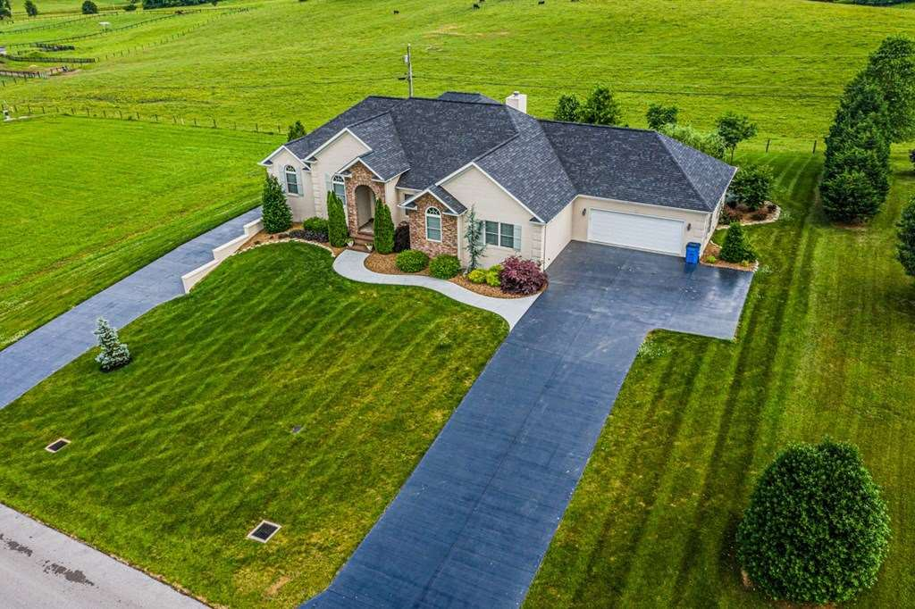 543 Steeplechase Road, Glasgow, KY 42141 - #: 20192550