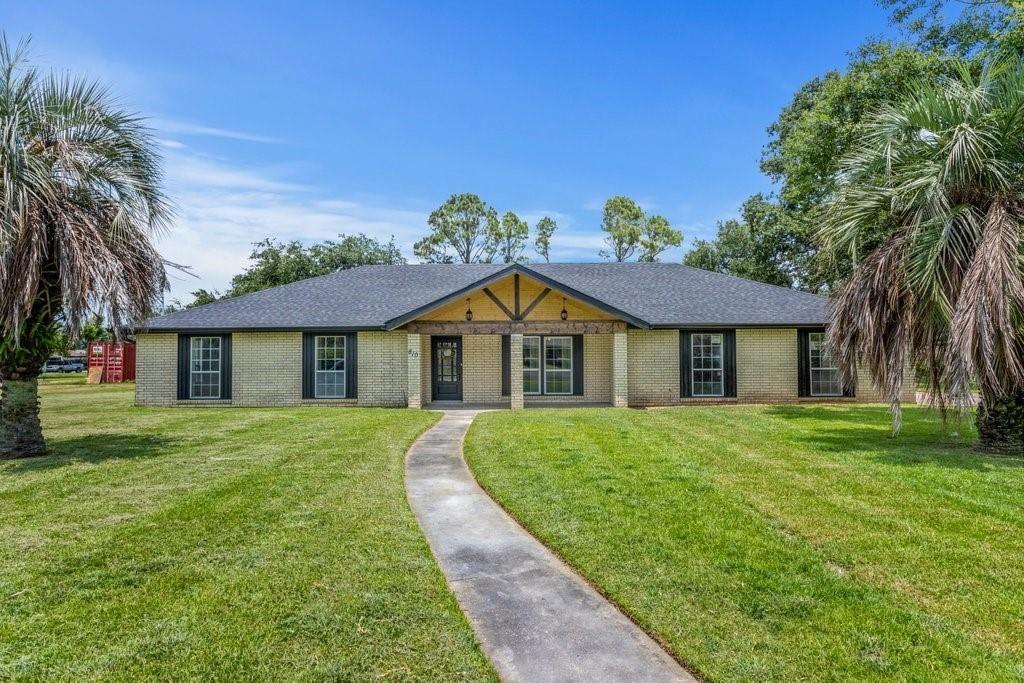 810 Lakelyn Drive, Lake Charles, LA 70605 - MLS#: SWL21006124