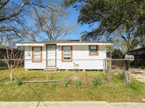 Photo of 804 Lee Street, Westlake, LA 70669 (MLS # 186135)