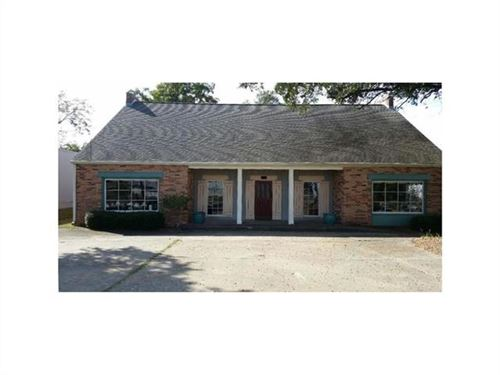 Photo of 2000 Kirkman Street, Lake Charles, LA 70601 (MLS # 161179)