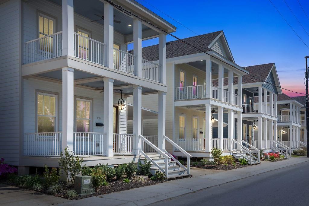 613 Hodges Street, Lake Charles, LA 70601 - MLS#: SWL21001240
