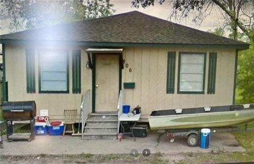 Photo of 806 Lee Street, Westlake, LA 70669 (MLS # SWL21001293)