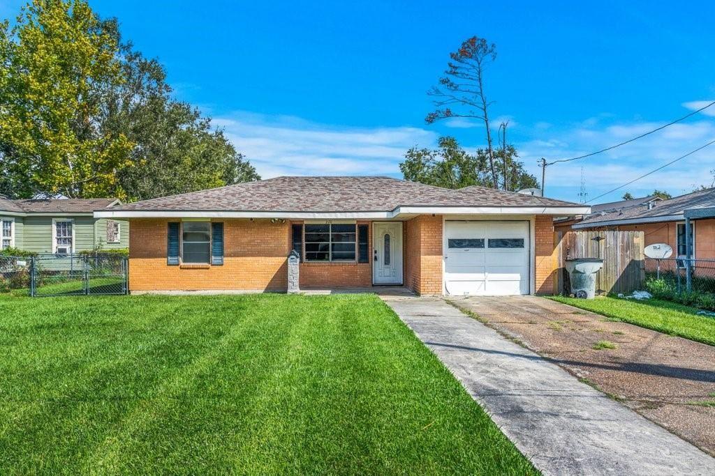 220 Hathaway Street, Lake Charles, LA 70605 - MLS#: SWL21008334
