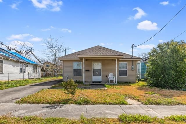 307 S Franklin, Lake Charles, LA 70601 - MLS#: SWL21000367