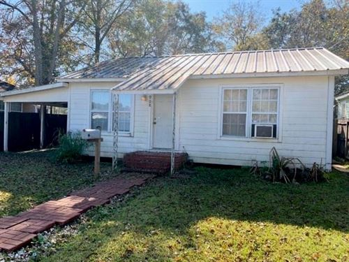 Photo of 908 Live Oak Street, Lake Charles, LA 70601 (MLS # 185398)