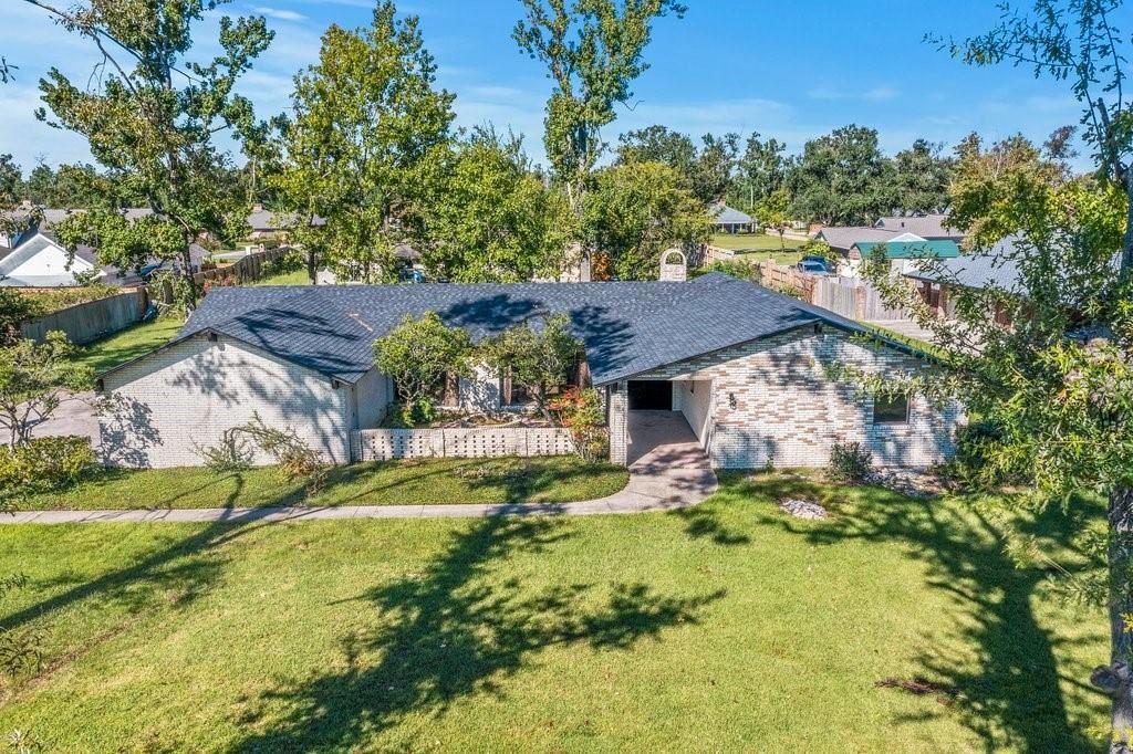 30 Carriage Lane, Lake Charles, LA 70605 - MLS#: SWL21008446