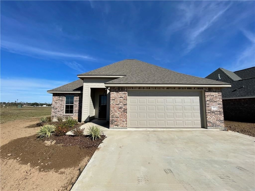 169 White Castle N, Iowa, LA 70647 - MLS#: 193511