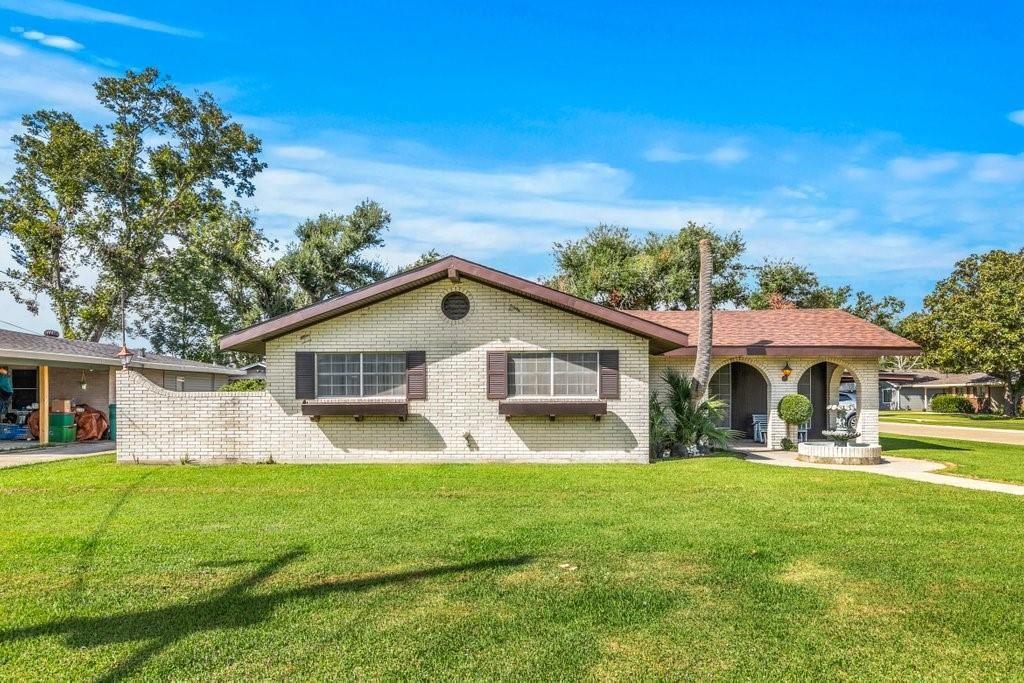 1301 W Crocker Street, Sulphur, LA 70663 - MLS#: SWL21009596