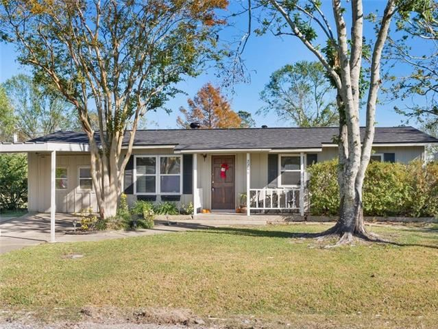2206 Ellis Drive, Westlake, LA 70669 - MLS#: 193622