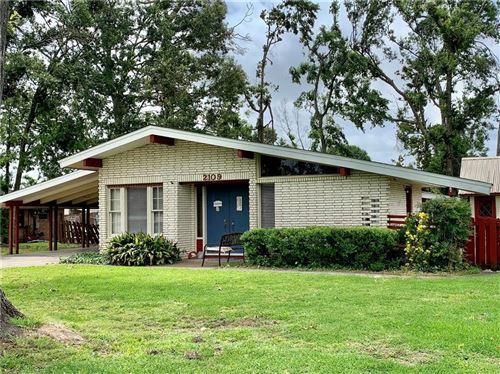 Photo of 2109 Pin Oak, Lake Charles, LA 70605 (MLS # SWL21001773)