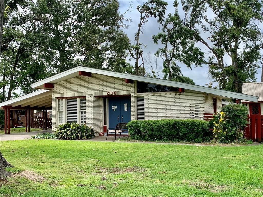 2109 Pin Oak, Lake Charles, LA 70605 - MLS#: SWL21001773